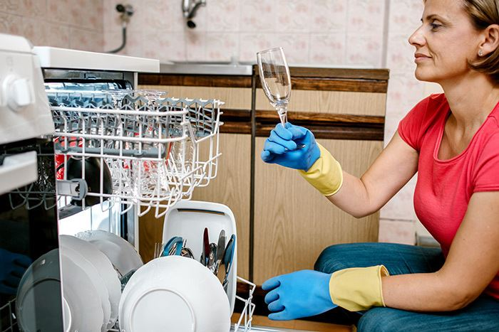 Experts Share the Best Way to Load a Dishwasher